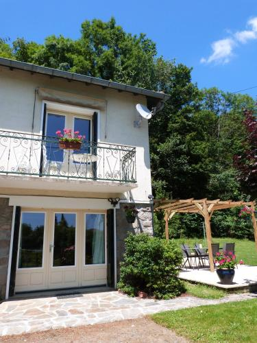La Garenne : Guest accommodation near Lussac