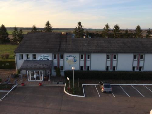 La Grange de Marie : Hotel near Poilly-sur-Serein