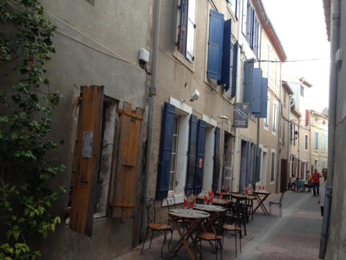 La planque : Bed and Breakfast near Gruissan