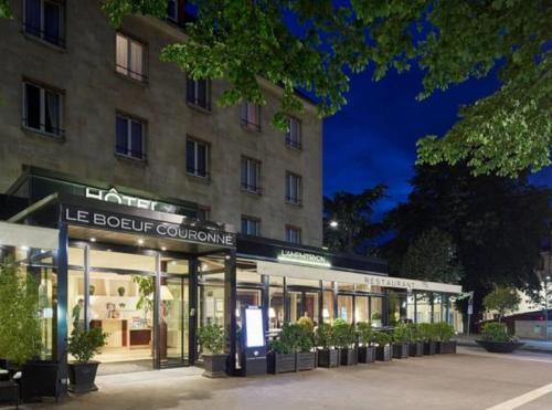 Le Boeuf Couronné : Hotel near Gasville-Oisème