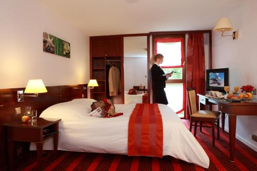 ibis Styles Douai Gare Gayant Expo : Hotel near Anhiers