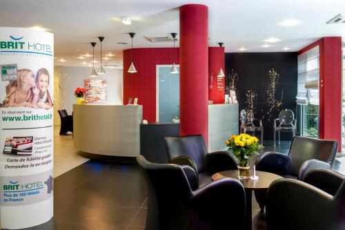 Brit Hotel Belfort Centre-Le Boreal : Hotel near Romagny