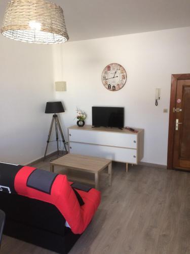 Résidence La Cigogne : Apartment near Moings