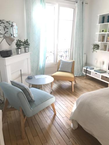 Sweet Room 15 : Bed and Breakfast near Issy-les-Moulineaux
