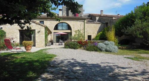 Grande maison de Village : Guest accommodation near Aujargues