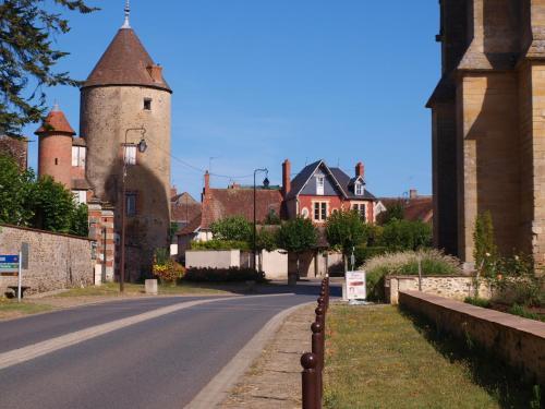 Le gite du panier vert : Guest accommodation near La Chapelle-Saint-Laurian