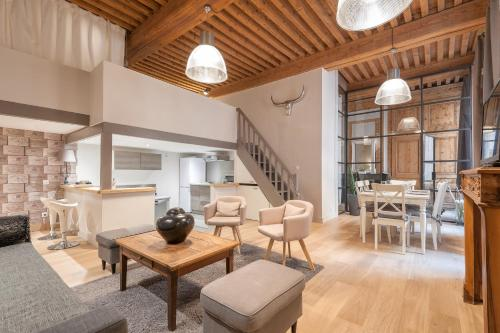 ClubLord - Beautiful Loft Canut Hyper Center : Apartment near Lyon 9e Arrondissement