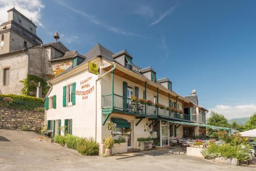 Auberge Le Cabaliros : Hotel near Arcizans-Dessus