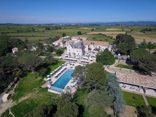 Château Saint Pierre de Serjac : Hotel near Magalas