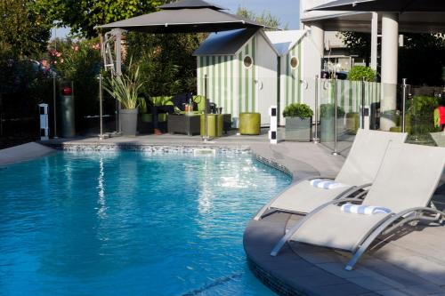 Courtyard by Marriott Toulouse Airport : Hotel near Fonsorbes