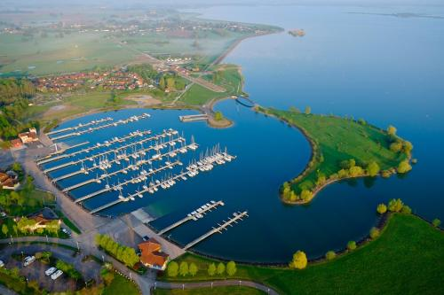 Marina Holyder : Guest accommodation near Bailly-aux-Forges