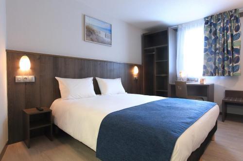 Brit Hotel Calais : Hotel near Coquelles