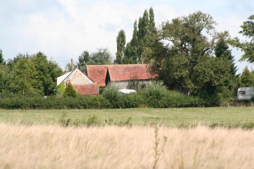 Cricri / rust.stilte.platteland : Guest accommodation near Cérilly