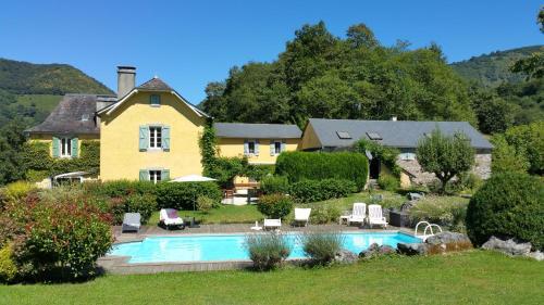 Maison d'hôtes Les 3 Baudets : Bed and Breakfast near Arette