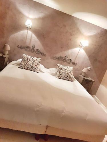 Le Crillon : Hotel near Murs