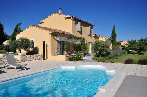 Amandine : Bed and Breakfast near Gargas