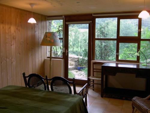 Le Verger Sous Les Vignes : Hotel near Jailly-les-Moulins
