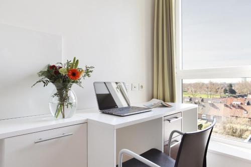 Neoresid - Résidence Lille-Lambret : Apartment near Vendeville