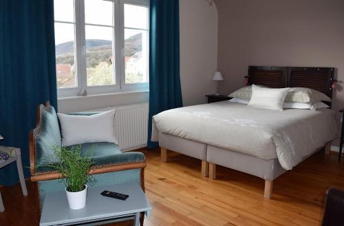 Chambres d hôtes Chez Lucie : Bed and Breakfast near Hattstatt