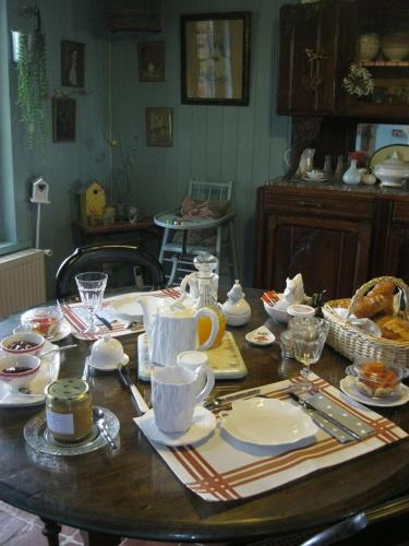 La Cense Lignère : Bed and Breakfast near Boulogne-sur-Helpe