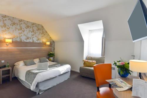 Logis Beaujoire Hôtel : Hotel near Sainte-Luce-sur-Loire