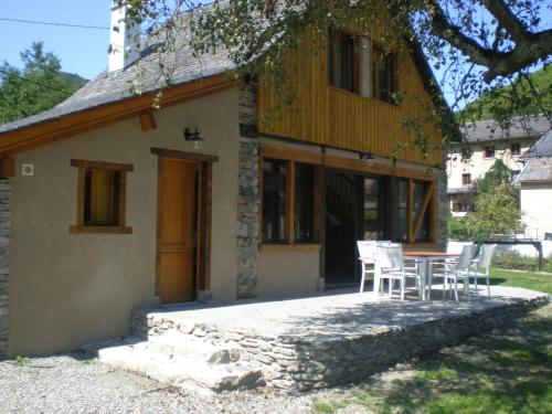 Le Gite de Fleury : Guest accommodation near Urau