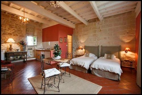 Le trente trois : Apartment near Arpaillargues-et-Aureillac