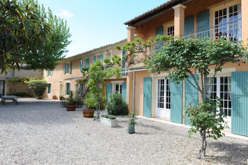 Maison d´hôtes Le Mas des Vignes : Guest accommodation near Rochegude