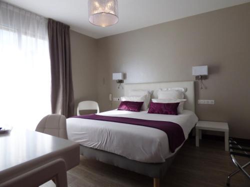 Citotel Grand Hotel L'Etape : Hotel near Espinasse