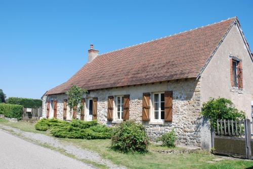 La Maison de Raymond : Guest accommodation near Saint-Saulge