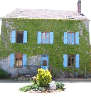 Le Puy Robin : Bed and Breakfast near Saint-Léger-Magnazeix