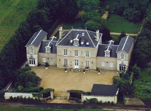 Victoria Arromanches B&B : Bed and Breakfast near Tracy-sur-Mer