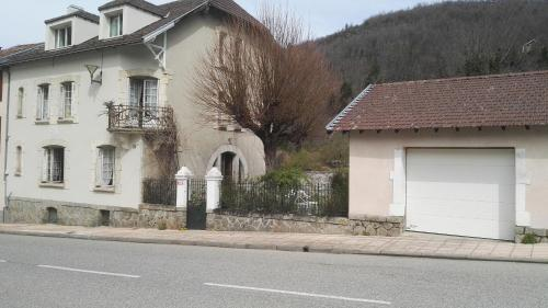 Apartment Coecilia : Apartment near Niort-de-Sault
