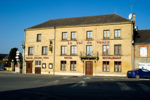 Le Val de Vence : Hotel near Rozoy-sur-Serre