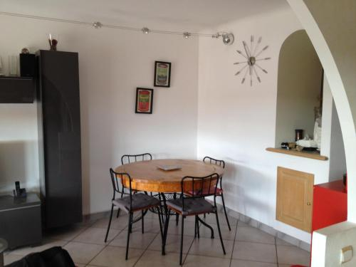 Appartement Chambrun : Apartment near Falicon