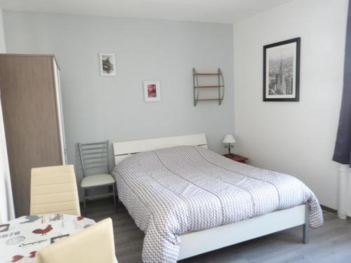 Résidence Hôtelière Le Gambetta : Guest accommodation near Le Havre