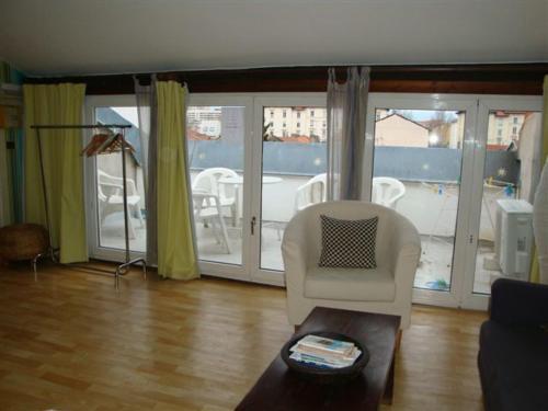 Maison d'Hôtes Des Toits en Ville : Guest accommodation near Villeurbanne