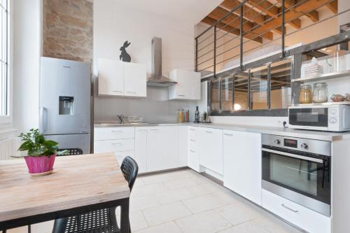ClubLord - Lovely Loft Part Dieu : Apartment near Lyon 6e Arrondissement