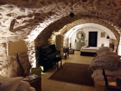 La Villageoise : Bed and Breakfast near Rognes