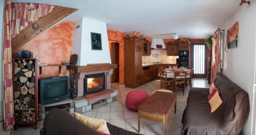 Gîte Des Prés Berthe : Guest accommodation near Passavant-la-Rochère