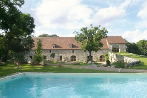Chambres et Jardin de Pierres : Bed and Breakfast near Espédaillac