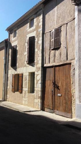 une chambre chez annick : Guest accommodation near Samadet