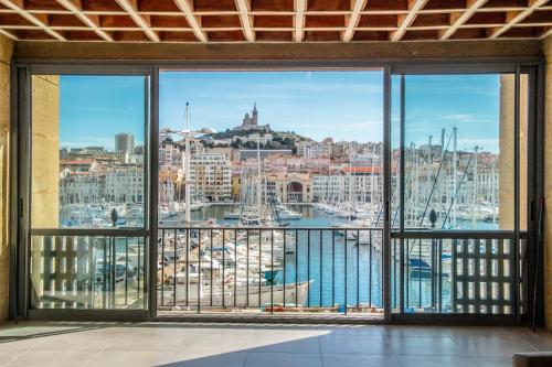 Old Port Resort Marseille - appt. Luxe 180m2, 3 bdrm : Apartment near Marseille 2e Arrondissement