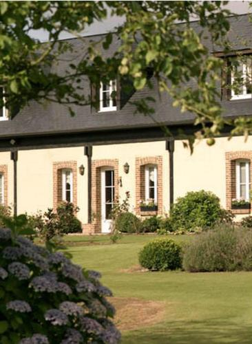 Nature et Lin : Bed and Breakfast near Drosay