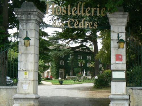 Hostellerie des Cèdres : Hotel near Castéra-Vignoles