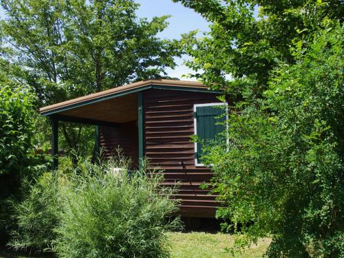 Holiday home Les Portes Du Beaujolais 3 : Guest accommodation near Châtillon