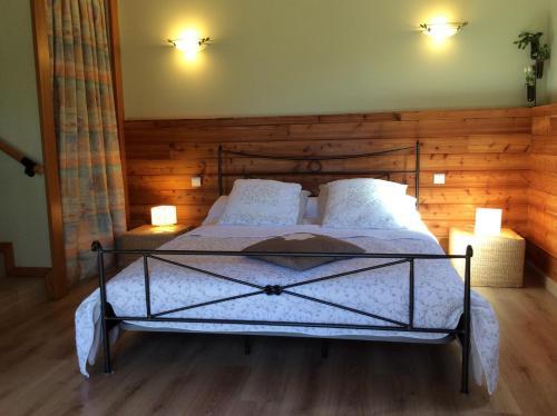 Maison d'hôtes La Mosaïque : Bed and Breakfast near Rousses