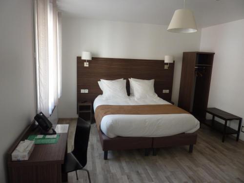 Hotel de la Cathedrale : Hotel near Wambez