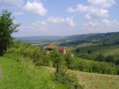 Gitanes Rando : Bed and Breakfast near Morlhon-le-Haut
