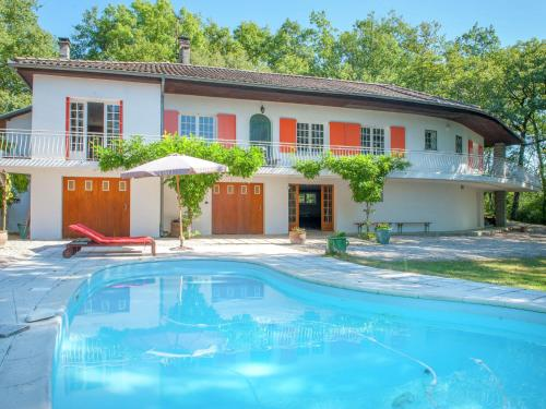Villa - Montmaurin : Guest accommodation near Cazeneuve-Montaut